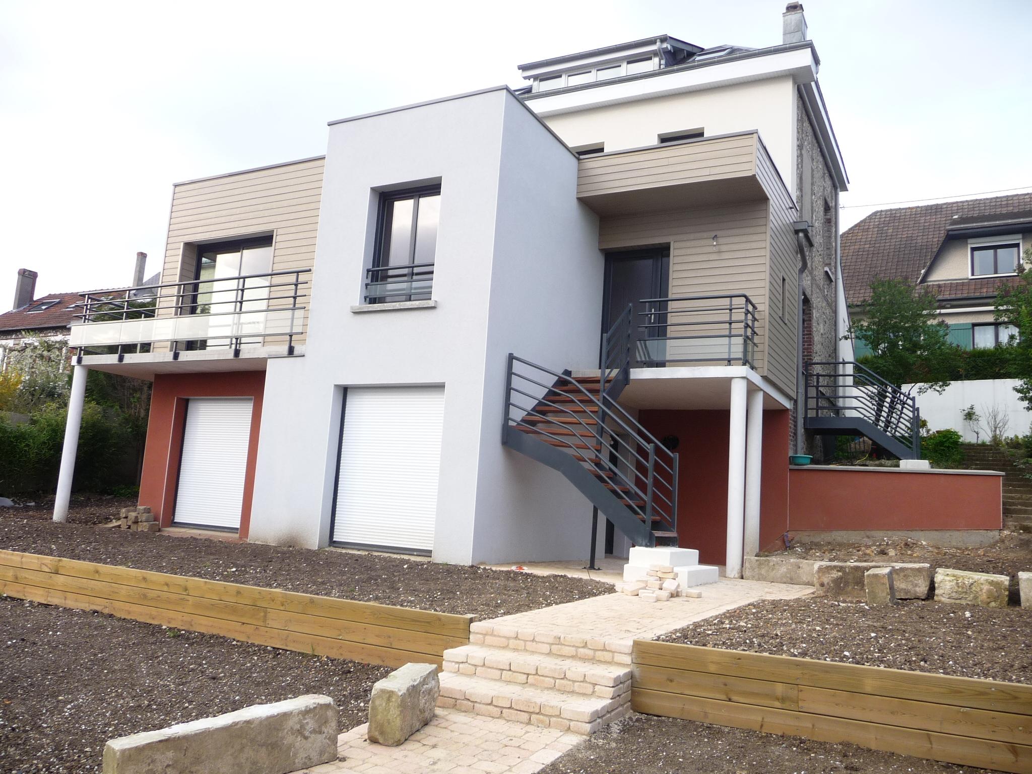 Restructuration, rénovation extérieure et agrandissement d'une maison individuelle à Bois Guillaume