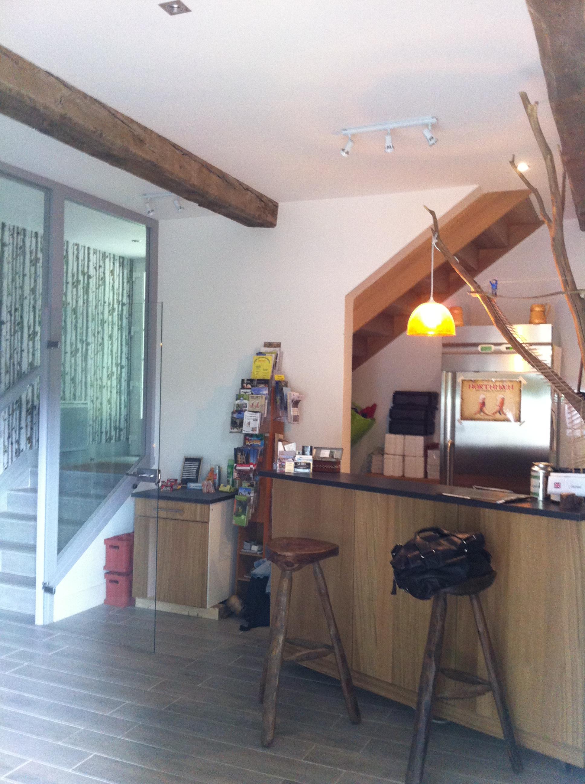 Réhabilitation d'un bâtiment agricole en gîte rural à SAINT GERMAIN LES ESSOURTS